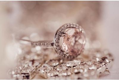 5 Reasons to Buy Second Hand Jewellery