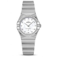 Omega Ladies Constellation Manhattan Diamond Set Bezel Mother Of Pearl Dial Bracelet Watch 131.15.25.60.55.001