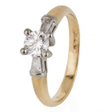 Second Hand 18ct Yellow Gold Four Claw Diamond Solitaire Ring 4112176