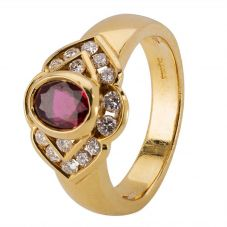 Second Hand 18ct Yellow Gold Ruby and Diamond Ring 4328410