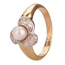 Second Hand 18ct Yellow Gold Pearl and Diamond Ring 4329141
