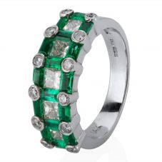 Second Hand 14ct White Gold Emerald and Diamond Ring 4229629