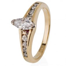 Second Hand 14ct Yellow Gold Marquise Diamond Solitaire Ring 4332226