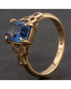 Second Hand 9ct Yellow Gold Blue Glass Dress Ring