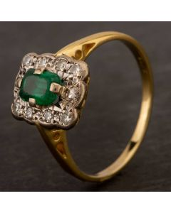 Second Hand Yellow Gold Synthetic Green Spinel & Diamond Cluster Ring