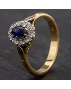 Second Hand 18ct Yellow Gold Cabochon Cut Sapphire & Diamond Oval Cluster