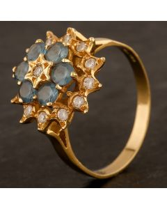 Second Hand 18ct Yellow Gold Topaz and Cubic Zirconia Cluster Ring