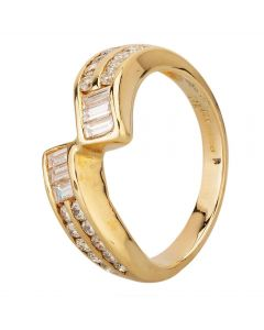 Second Hand 9ct Yellow Gold Baguette & Brilliant Diamond Channel Set Twist Ring