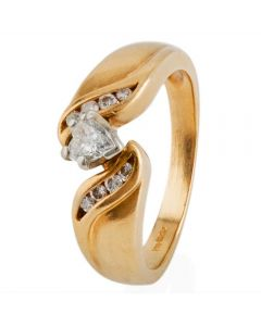 Second Hand 14ct Yellow Gold Heart Cut Diamond Solitaire Ring