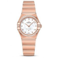 OMEGA Ladies Constellation Manhattan 18ct Rose Gold Diamond Set Mother Of Pearl Dial Bracelet Watch 131.55.25.60.55.001
