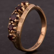 Second Hand 9ct Yellow Gold Five Stone Garnet Ring