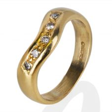 Second Hand 18ct Yellow Gold Diamond Set Half Wishbone Ring