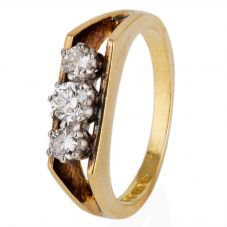 Second Hand 18ct Yellow Gold Diamond Three Stone Ring