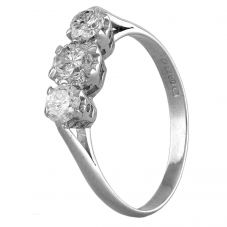 Second Hand 18ct White Gold 1.10ct Diamond Trilogy Ring A511619(444)