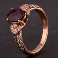 Second Hand 9ct Rose Gold Oval Rhodolite and Diamond Cluster Ring