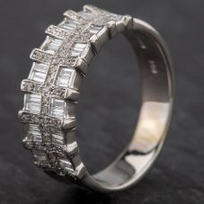 Second Hand 18ct White Gold Baguette & Brillant Cut Diamond 3 Row Ring