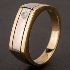Second Hand 9ct Two Tone Diamond Oblong Signet Ring