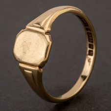 Second Hand 9ct Yellow Gold Plain Oblong Signet Ring