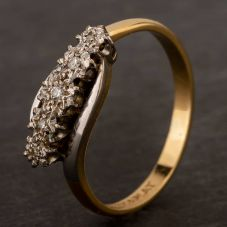 Second Hand Yellow Gold Illusion Set Diamond Five Stone Ring