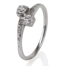 Second Hand Crossover Diamond Ring