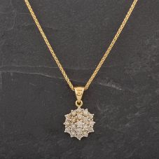 Second Hand 18ct Yellow Gold Diamond Cluster Pendant 4166362