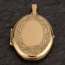 Second Hand Oval Half Engraved Locket 4166494
