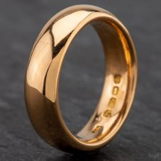 Second Hand 22ct Gold 5mm Court Shape Wedding Ring 4187979