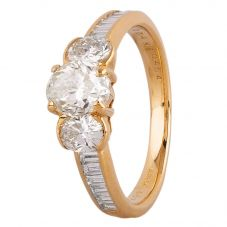 Second Hand 18ct Yellow Gold 2.00ct Diamond Trilogy Ring 4312496