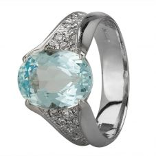 Second Hand Platinum 5.00ct Aquamarine and Diamond Shoulders Ring