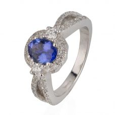 Second Hand 18ct White Gold Tanzanite and Diamond Oval Cluster Ring 4328081