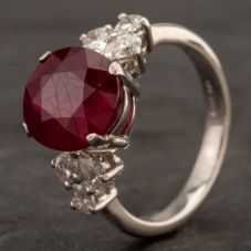 Second Hand Platinum Oval Ruby and Diamond Ring 4332057