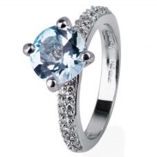 Second Hand 18ct White Gold Blue Topaz and Diamond Ring 4332276