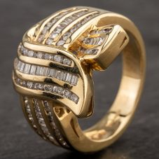Second Hand 14ct Yellow Gold Baguette Cut Brilliant Diamond Ring 4332295