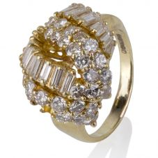 Second Hand 14ct Yellow Gold Baguette and Brilliant Cut Diamond Ring 4332542