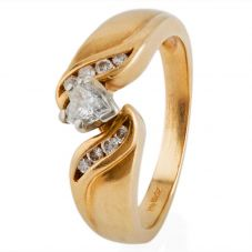 Second Hand 14ct Yellow Gold Heart Cut Diamond Solitaire Ring 4332899
