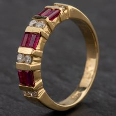 Second Hand 14ct Yellow Gold Diamond & Ruby 1/2 Eternity Ring 4335075