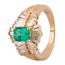 Second Hand 18ct Yellow Gold 0.90ct Emerald and Diamond Ring