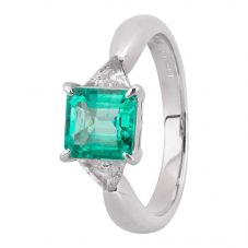 Second Hand Platinum 1.15ct Emerald and Diamond Shoulders Ring