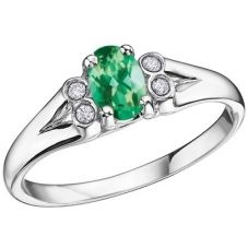 9ct White Gold Oval-cut Emerald and Diamond Cluster Ring 51Y59WG 5-10 EM