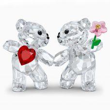 Swarovski Kris Bear Happy Together Figurine 5558892