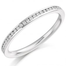 Platinum Brilliant-Cut Diamond Eternity Ring (M) HET2358